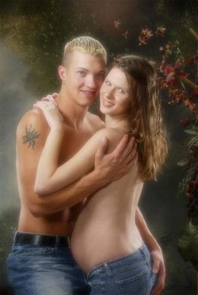 pregnant-trashy-couple