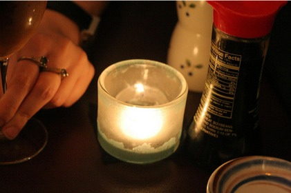 table_restaurant_date_candle