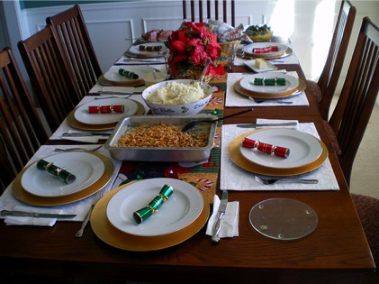 holiday_dinner_table