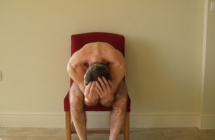 man_naked_chair2