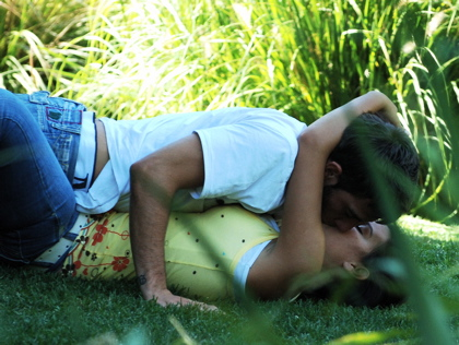 couple_kissing_outdoors